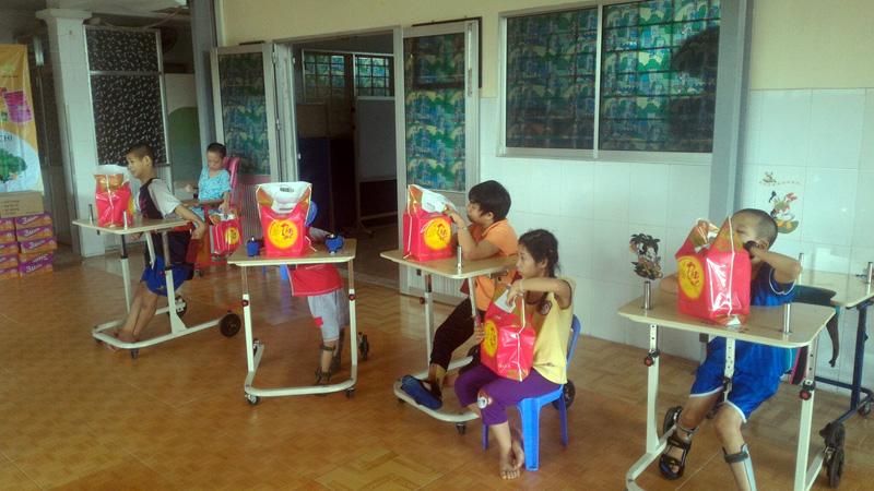 Chương trình từ thiện tại Quân 8 - Thành Phố Hồ Chí Minh