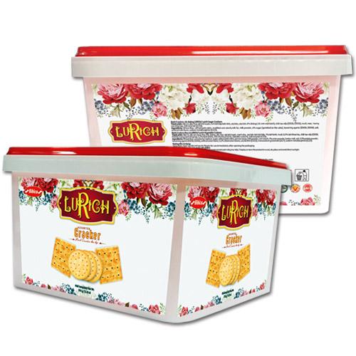 Bánh hỗn hợp hộp nhựa Lurich 376 gam